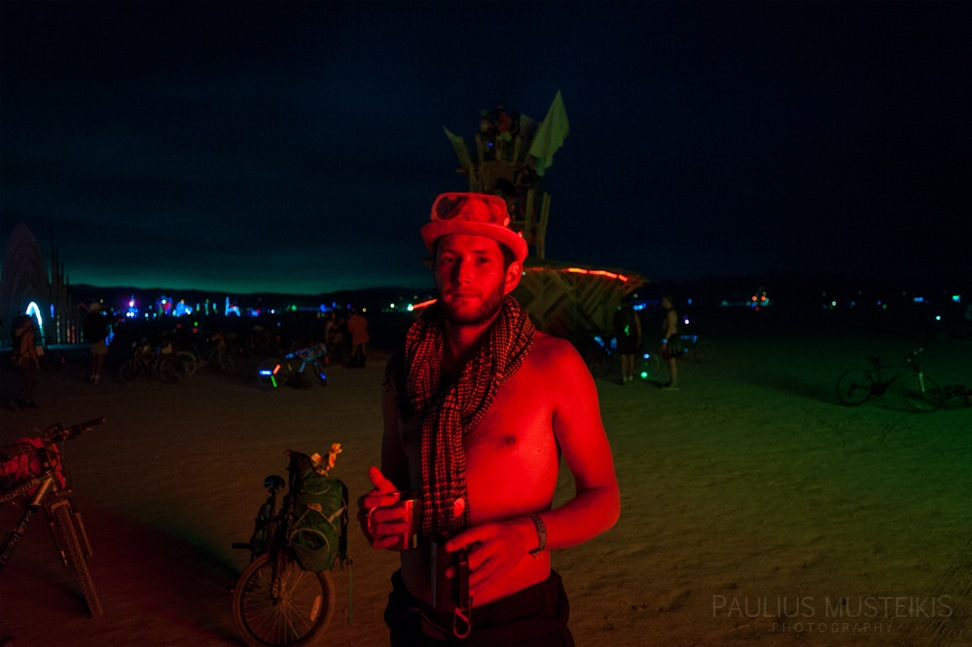 Lake_Lahontan_Retreat_and_Water_Show_Burning_Man_photography_Paulius_Musteikis_DSC_3842
