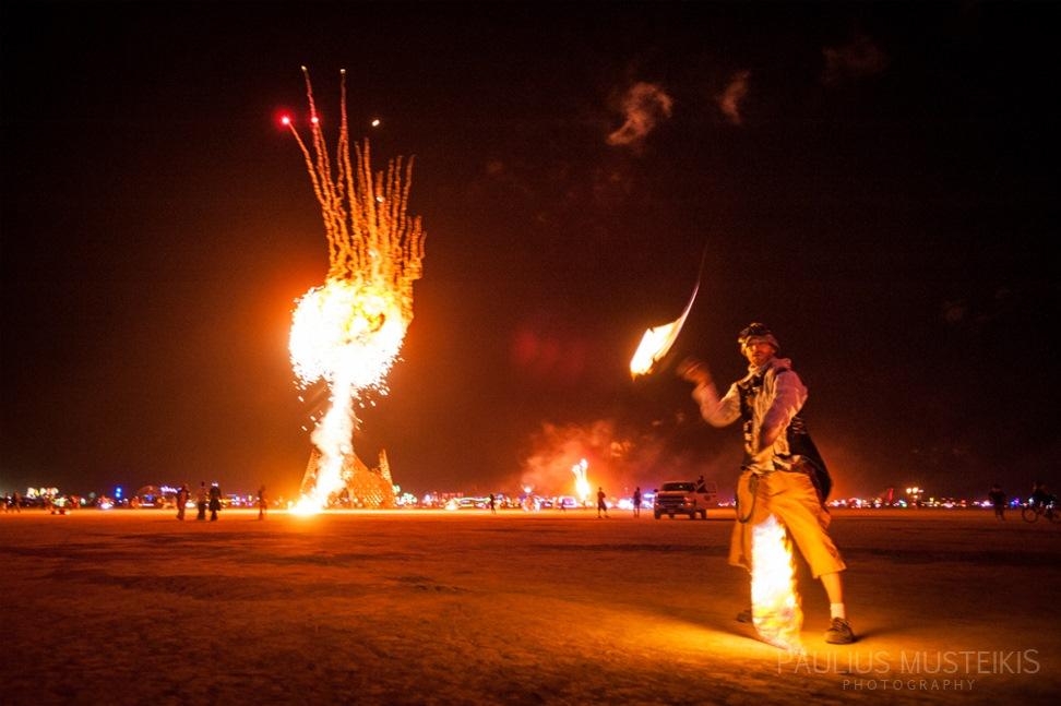 Lake_Lahontan_Retreat_and_Water_Show_Burning_Man_photography_Paulius_Musteikis_DSC_3883