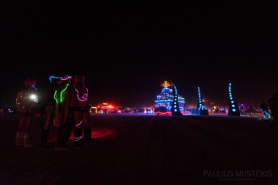 Lake_Lahontan_Retreat_and_Water_Show_Burning_Man_photography_Paulius_Musteikis_DSC_4296