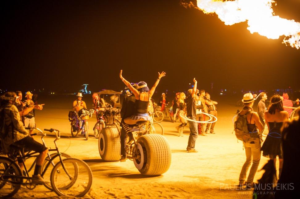 Lake_Lahontan_Retreat_and_Water_Show_Burning_Man_photography_Paulius_Musteikis_DSC_5653