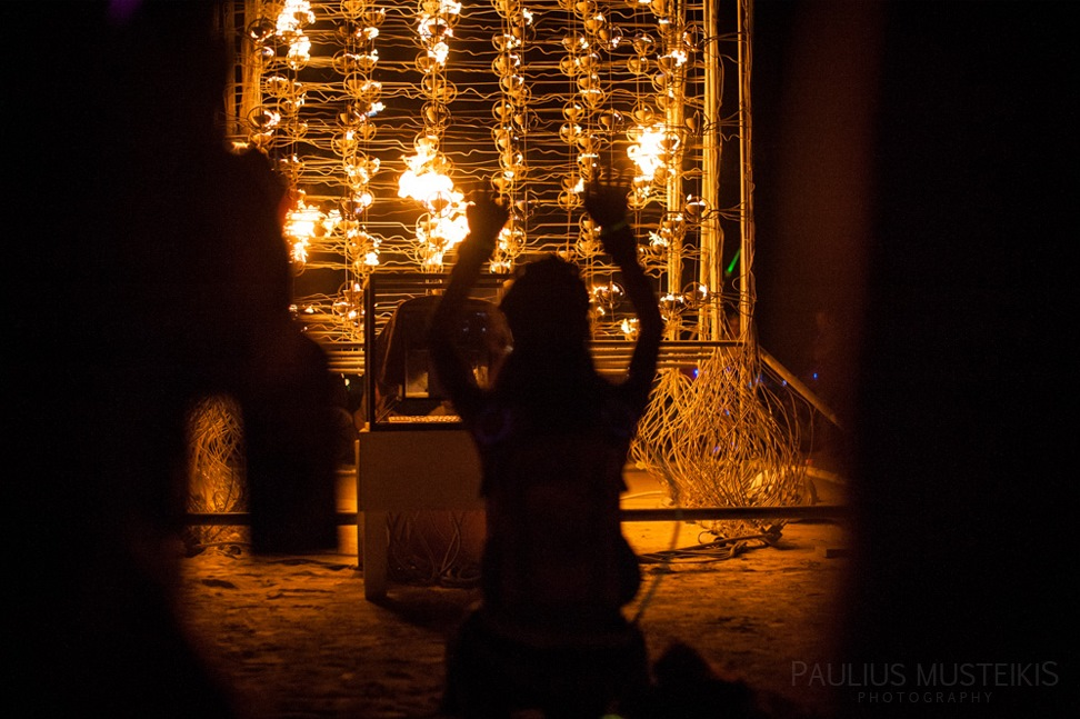 Lake_Lahontan_Retreat_and_Water_Show_Burning_Man_photography_Paulius_Musteikis_DSC_5709
