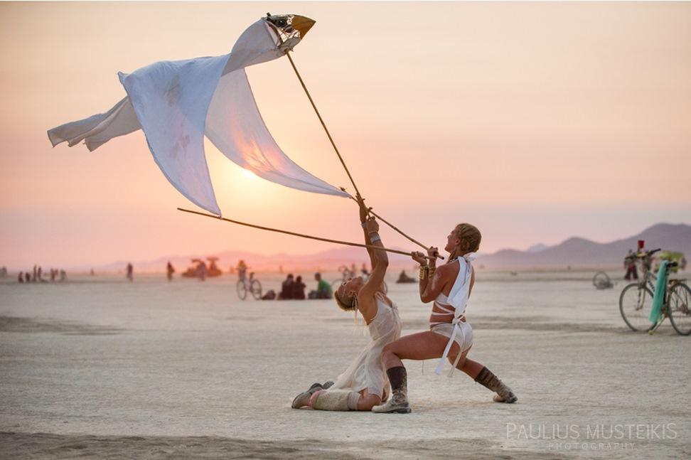 Lake_Lahontan_Retreat_and_Water_Show_Burning_Man_photography_Paulius_Musteikis_DSC_6147