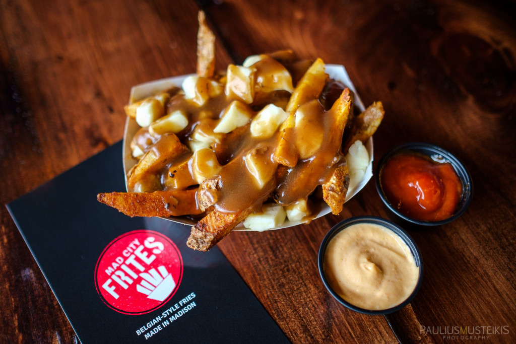 Teddywedgers_Mad_City_Frites_Poutine_food_photography_Paulius_Musteikis_2595